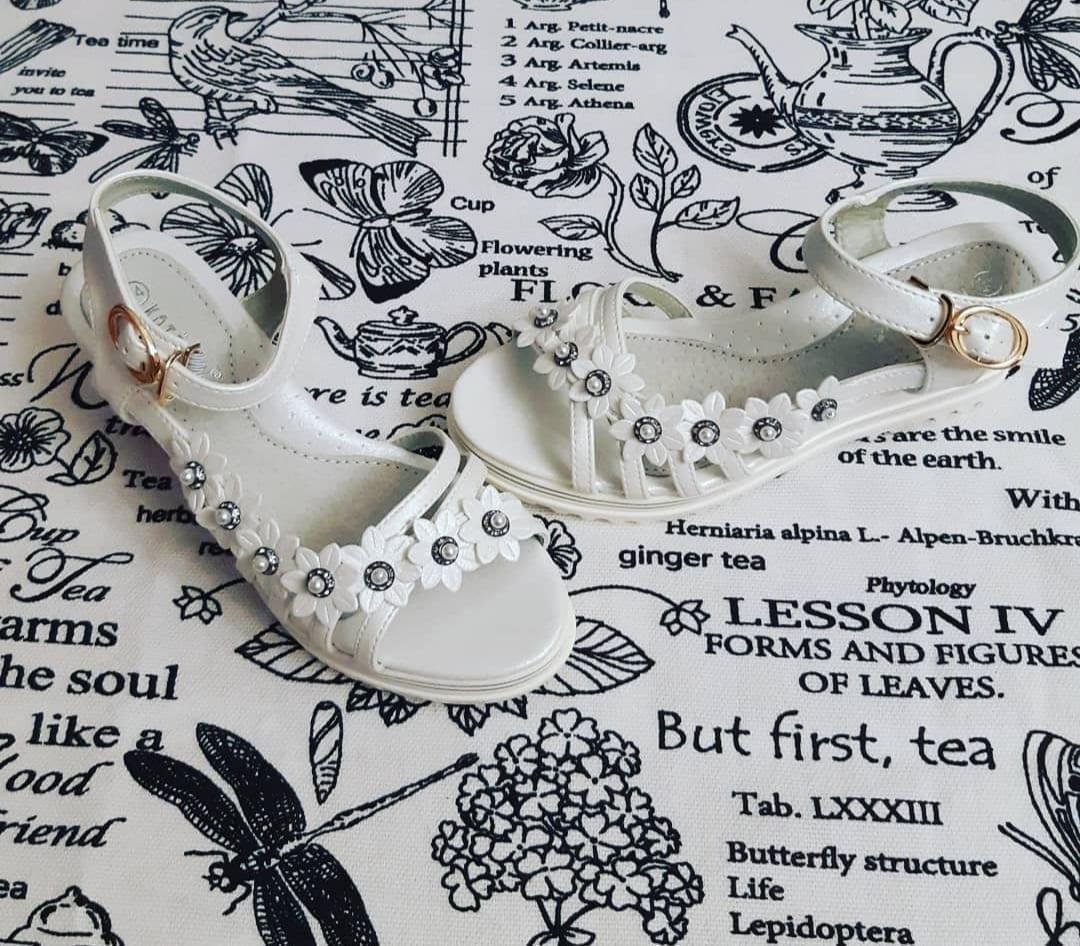Детские сандалии для девочек КОТЕНОК, цвет: белый, артикул: 1903-11