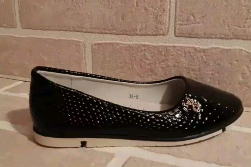 Детские туфли для девочек MEITESI, цвет: черный, артикул: MEI-1
