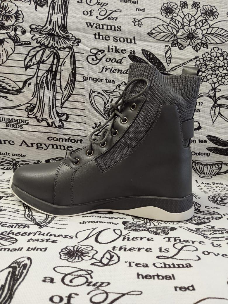 Детские ботинки для девочки ОТЛИЧНИК, цвет: серый, артикул: TJA17231