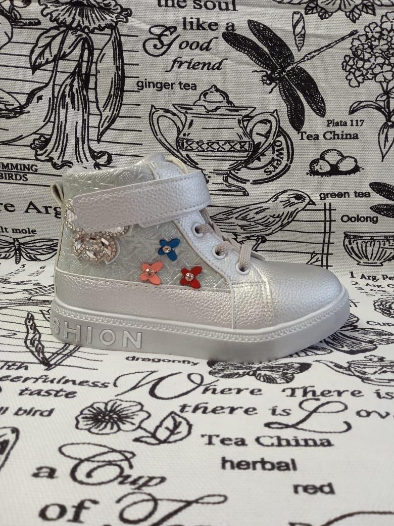 Детские ботинки для девочки ТОТОШКА, цвет: серебро, Артикул: L813S