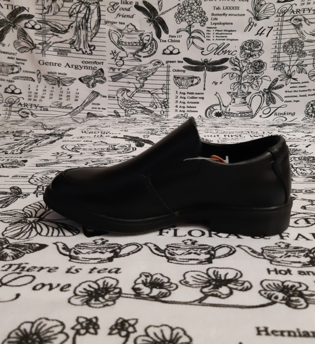 Детские туфли школьные для мальчиков СКАЗКА