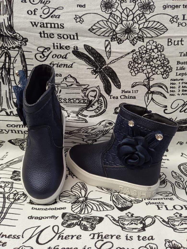 Детские ботинки для девочек ТОТОШКА, цвет: черный, артикул: L808B