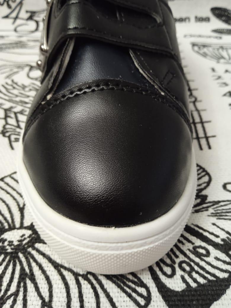 Детские кроссовки SISTER, цвет: черный, артикул: 8523-1