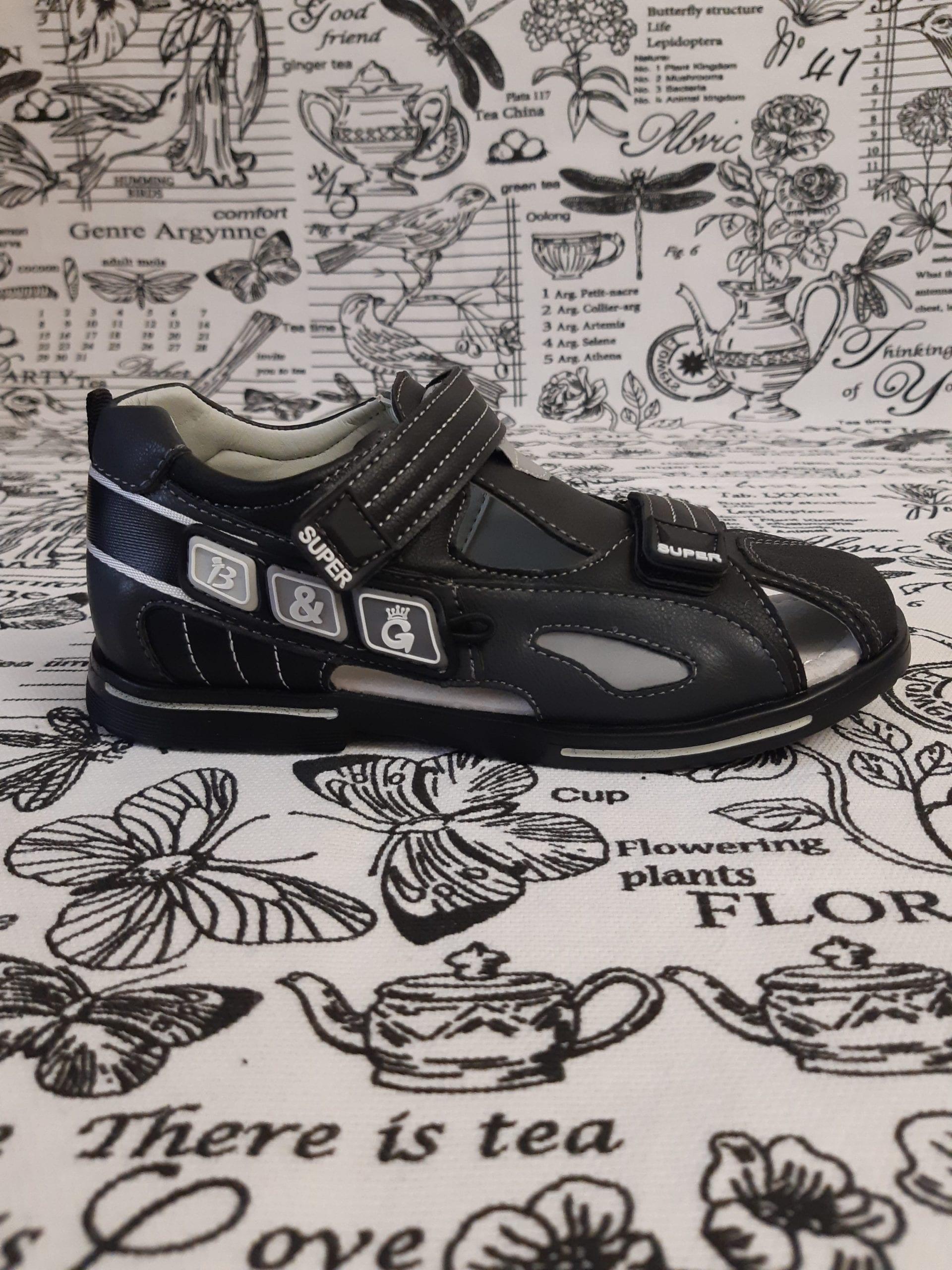 Детские сандалии для мальчиков B&G, цвет: черный, артикул: 2629-2А