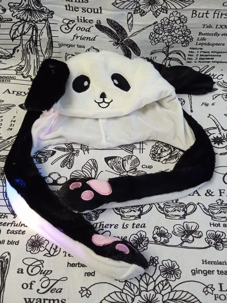 Детская шапка кигуруми с двигающимися ушками Панда, цвет: черный, артикул: KIG-6