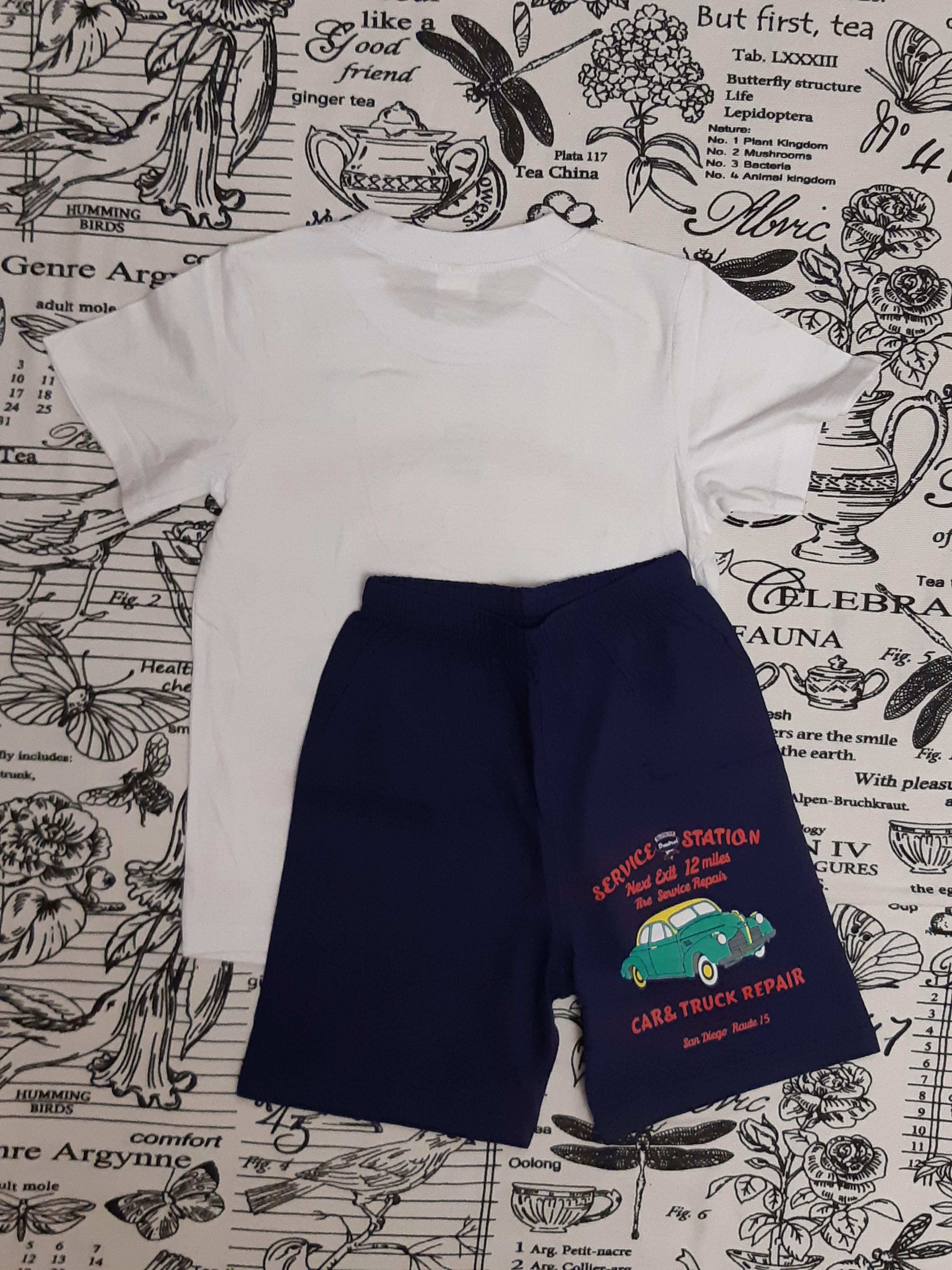 Детский костюм (футболка + шорты) с машинкой для мальчика