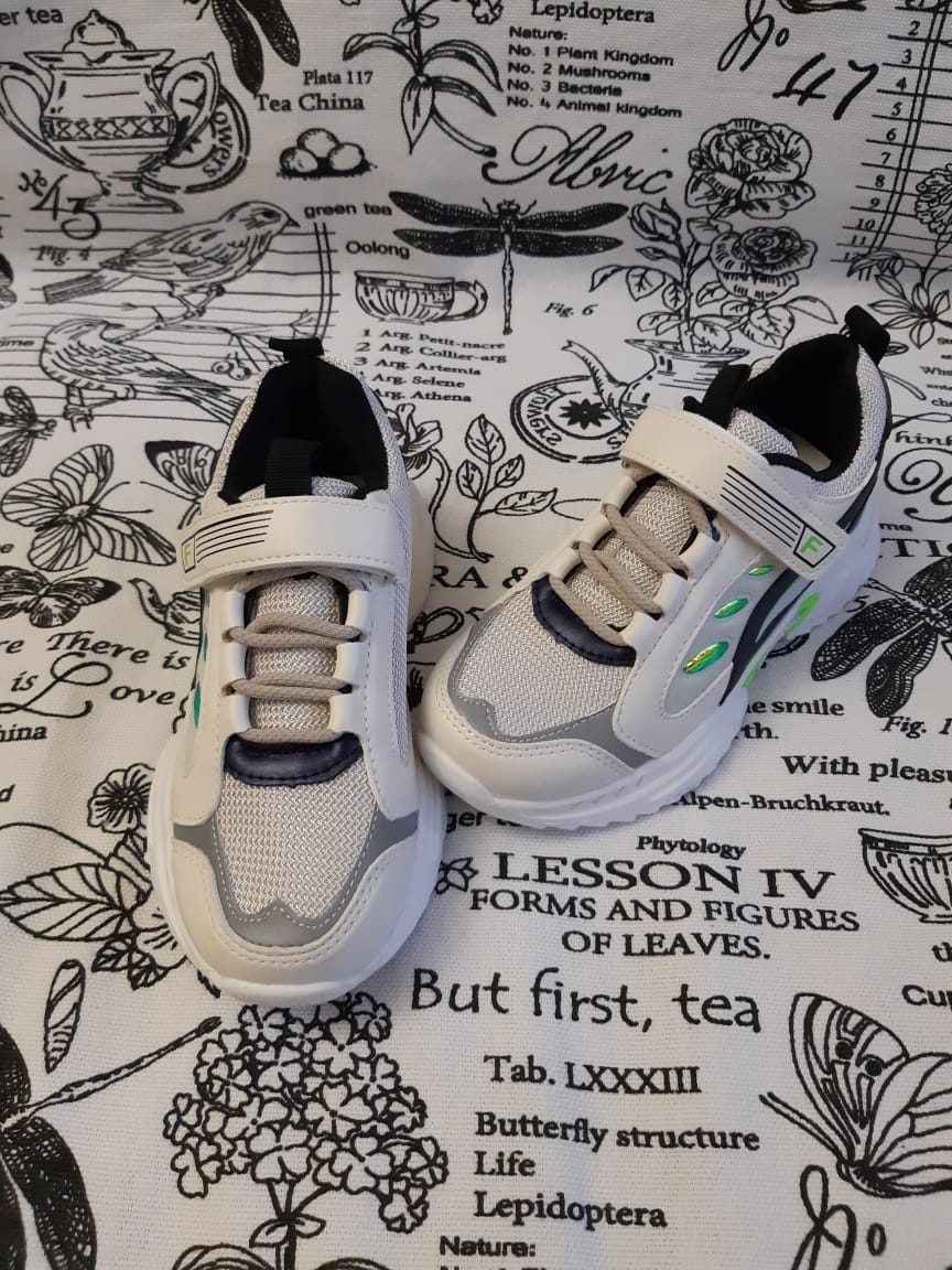 Детские кроссовки HENZA