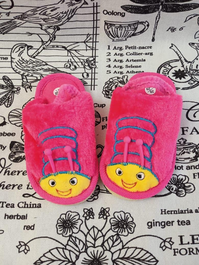 Детские домашние тапочки с резиночкой на пятке ПЧЕЛКА, цвет: малиновый