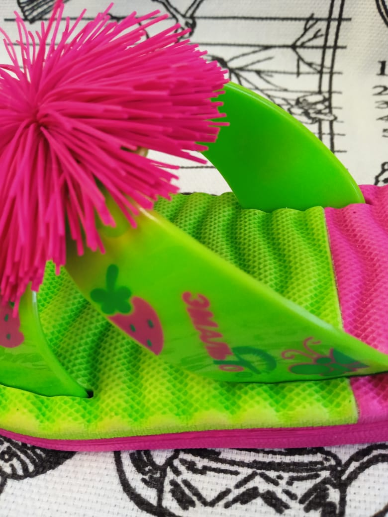 Детские шлепанцы для девочки, цвет: зелено-бордовый, артикул: 8025-1