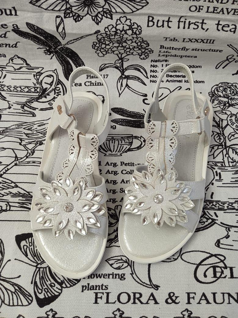 Детские сандалии для девочек BONADDA, цвет: белый, артикул: 3069-3