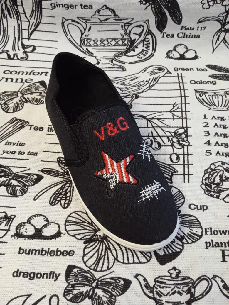 Детские кеды V&G, цвет: черный, артикул: 9353-9