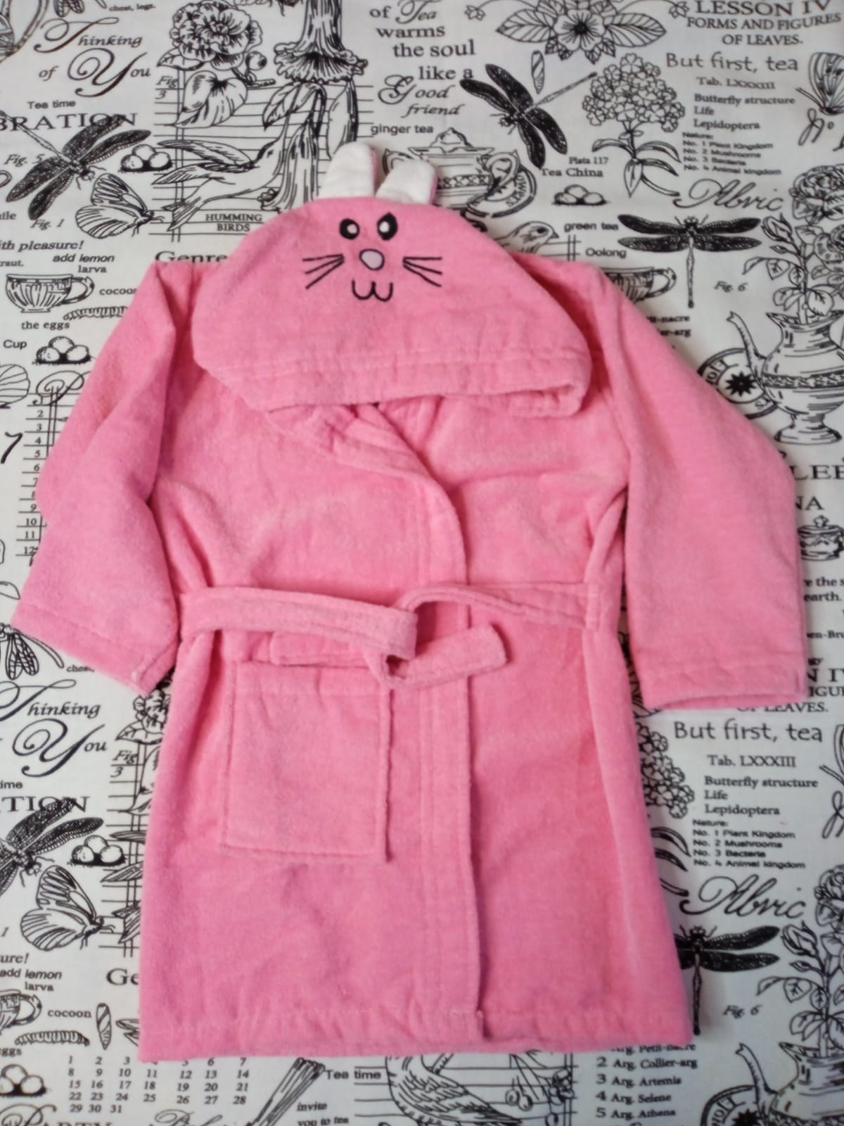 Детский халат для девочки Заяц, цвет: розовый, артикул: HAL7