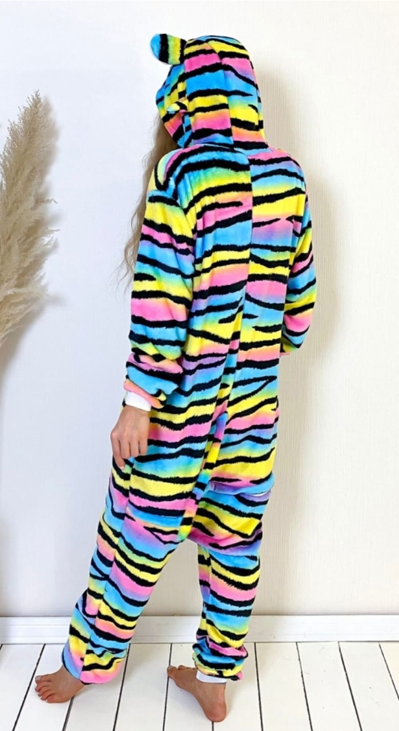 Детский кигуруми пижама Лемур разноцветный, артикул: KIG-24