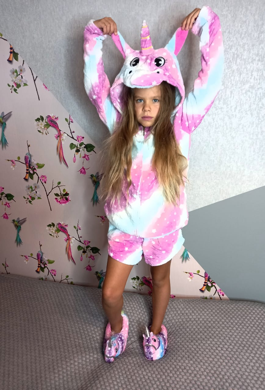 Детский кигуруми костюм (кофта+шорты) Единорог радужный, артикул: KIG-28