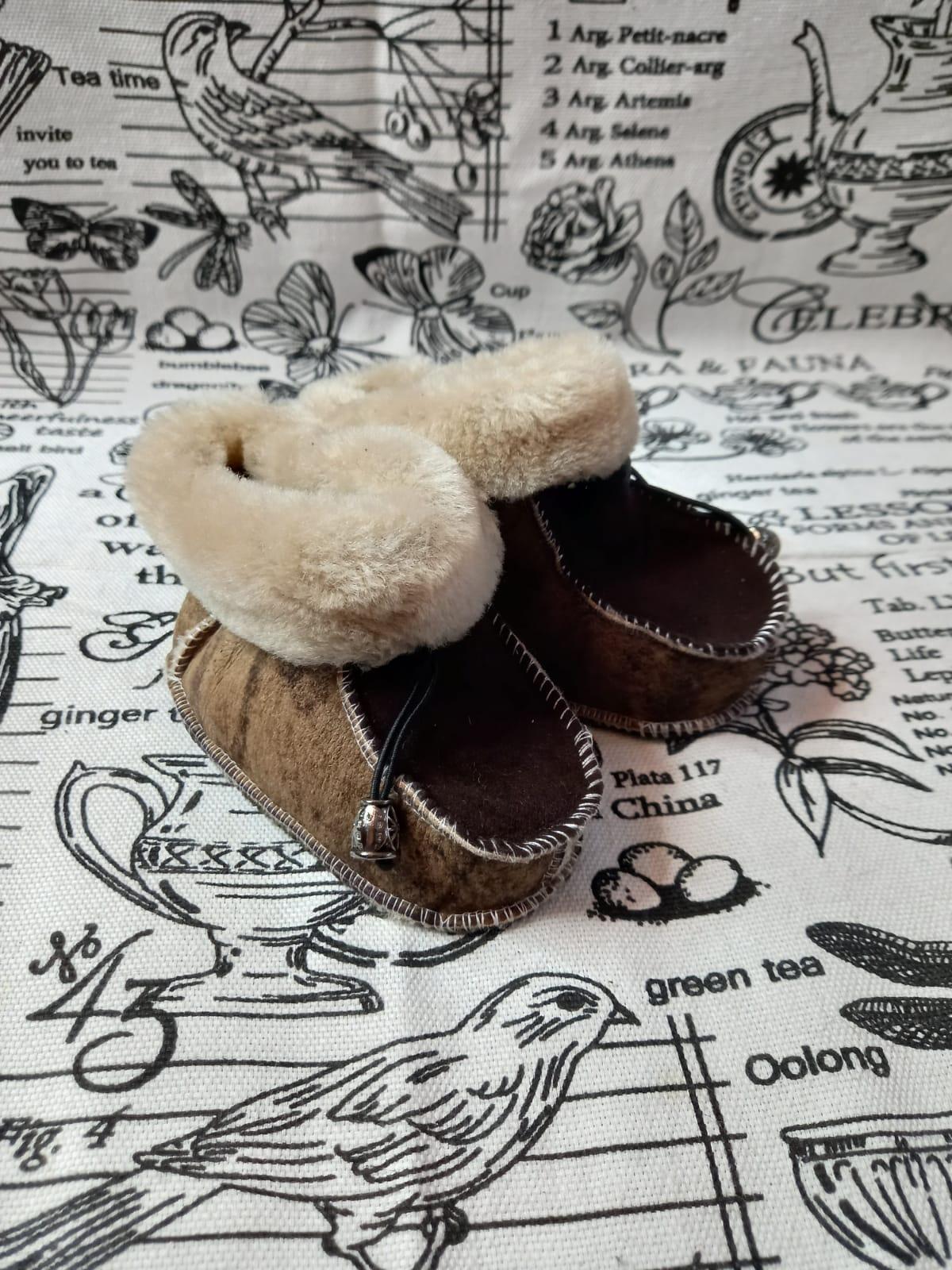 Детские пинетки для малышей из натуральной овчины, артикул: PIN-28